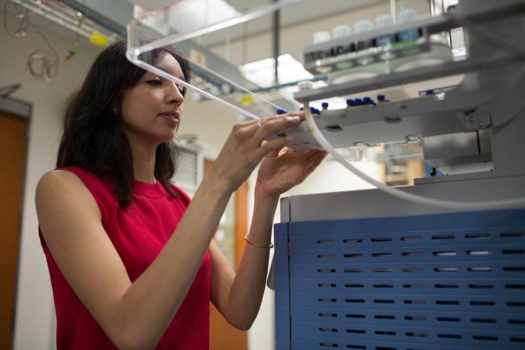 Photo of chemistry graduate student Anji Trujillo
